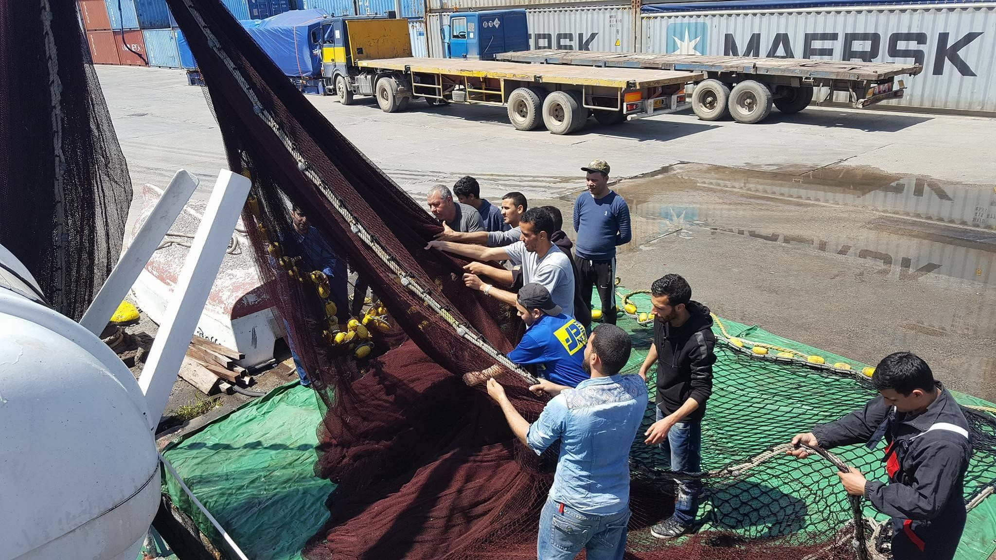 تربص تطبيقي لعملية الصيد على متن سفينة المعهد بن زازة